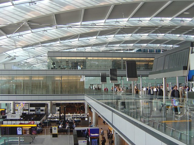 Terminal 5 Heathrow (May 2008) View towards South Security Entrance