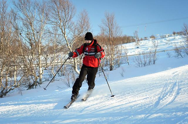 Me trying to telemark ski