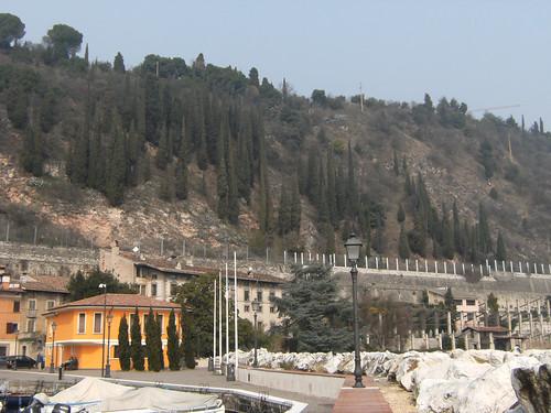 porto di Toscolano - villa dei Conti Delai  con limonaie