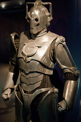 Cybermen: Doctor Who Experience - 3 by Paulo Dykes