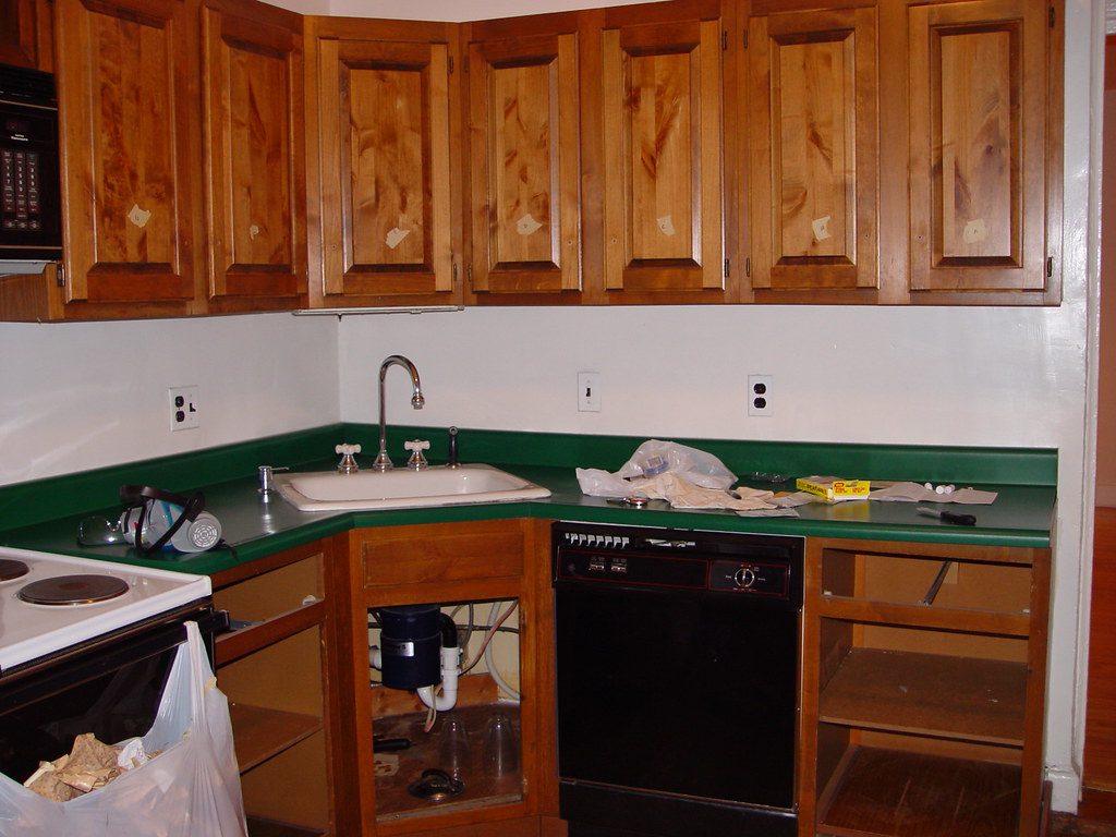 Painting Over Oak Kitchen Cabinets With Red