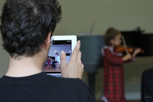 iPad 2 as a Video Camera