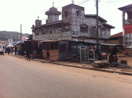 Yemetu / Oluyoro Oke Ofa Ibadan Oyo State Nigeria by Jujufilms