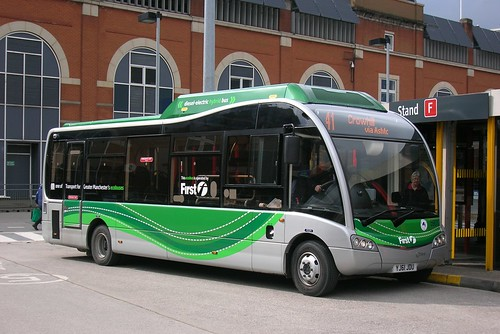 First Manchester, Solo SR Hybrid YJ61JDU, Ashton-under-Lyne bus station