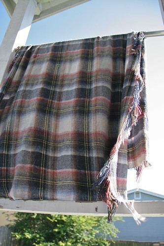14 April 2012 Bowdu's blanket