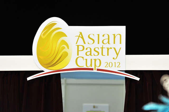 Food & Hotel Asia 2012 Day 2 – Asian Pastry Cup Day 1 « travellingfoodies