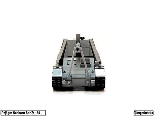 Panzerjäger Nashorn SdKfz 164