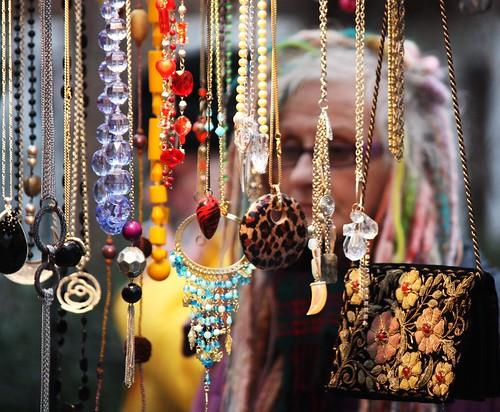 Vendor and Jewellery