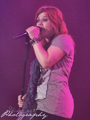 Kelly Clarkson 190210