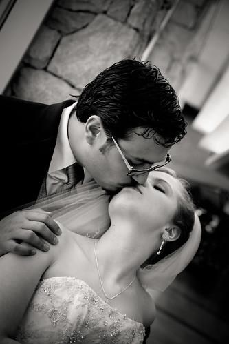 Katherine + Luis | The Kiss