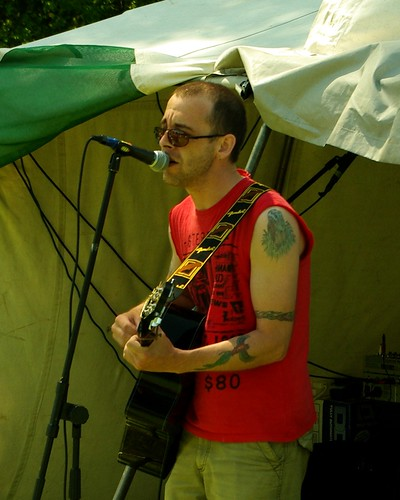 20120527-33_Acoustic Tent - Damion Lee Taylor by gary.hadden