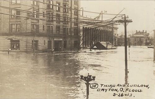 Algonquin Hotel 1913 (Dayton Metro Library, 1913 Flood postcard #37)