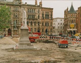 Albert Square during pedestrianisation, 1986