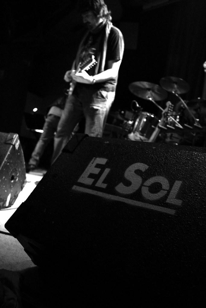 gramophone man@sala sol,madrid.