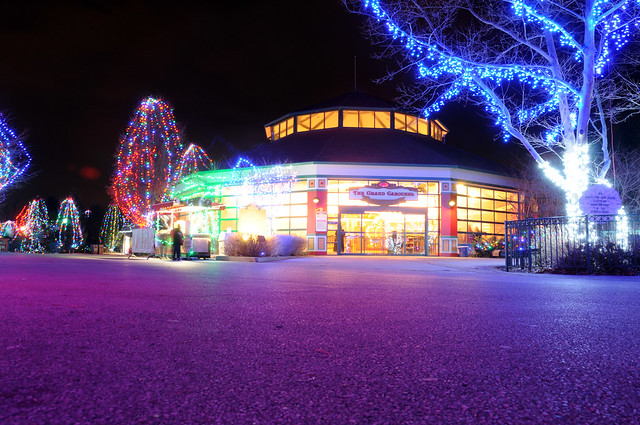 Columbus Zoo Lights Admission Cost