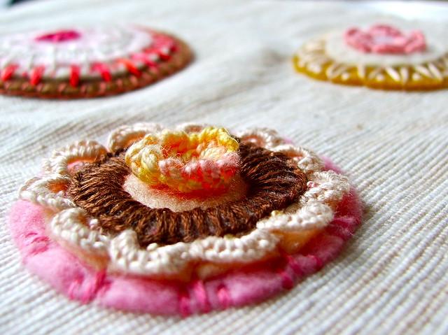 cookie, doily, flower...
