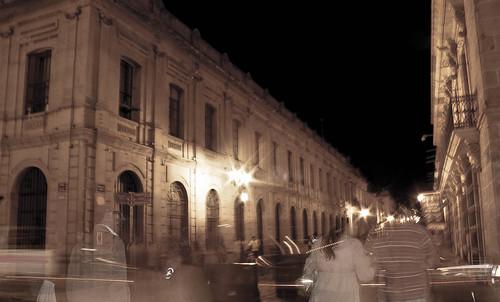 Fantasmas en el andador. by GabrielRendon