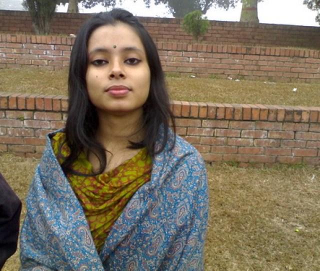 Hot School Girl In Bangladesh