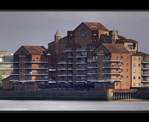 Luxury Apartments on the Thames