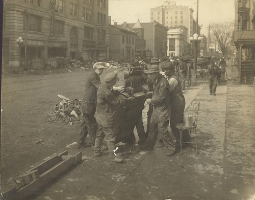 Debris on South Ludlow St, 1913 (Image courtesy of Dayton Metro Library, Montgomery County Picture File #799)