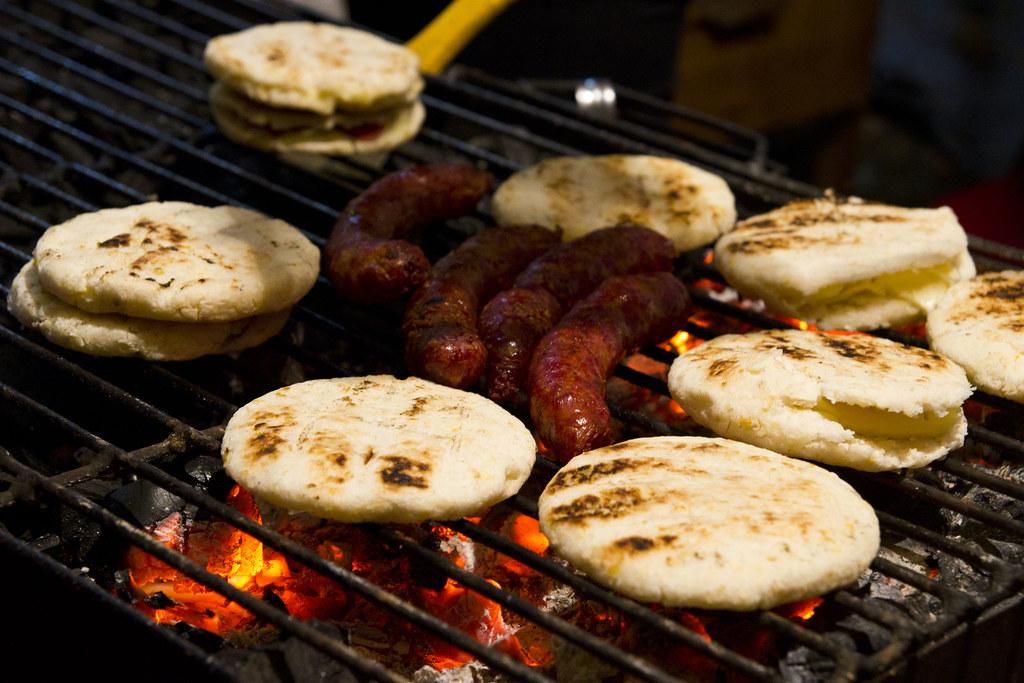 Arepas con Chorizo