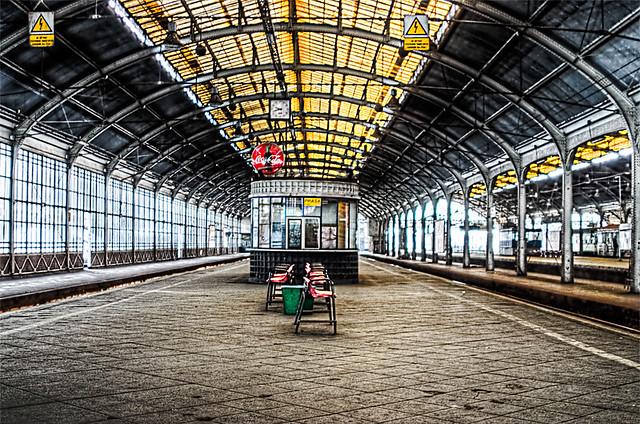 platform-wroclaw-station