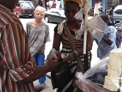 Bread & Ewa (Beans) Isale Eko - Lagos Island, Nigeria by Jujufilms