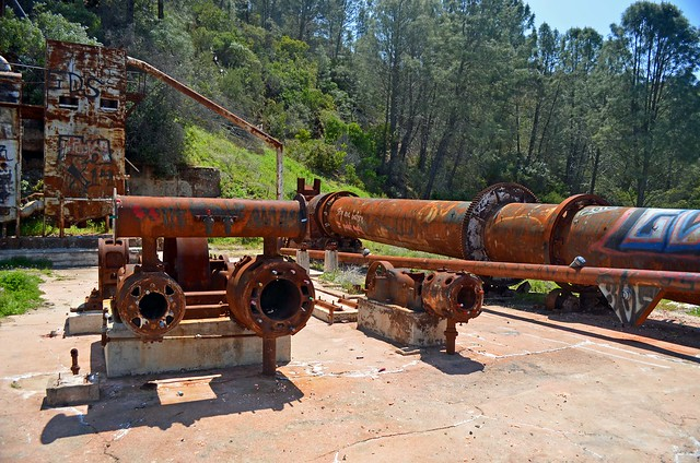 Rusting pipes and machinery at the Rinconada Mine.