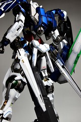 Custom Painted PG 00 Raiser Featured Kit GundamPH (13)