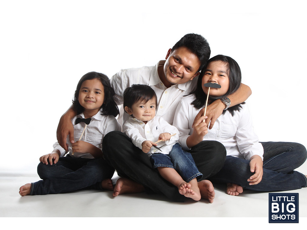 Moments Captured | Family Studio Portraiture