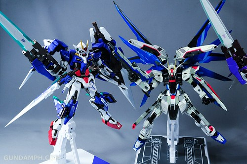 Metal Build Freedom Gundam Prism Coating Ver. Review Tamashii Nation 2012 (106)