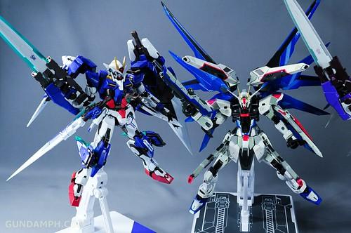Metal Build Freedom Gundam Prism Coating Ver. Review Tamashii Nation 2012 (106)