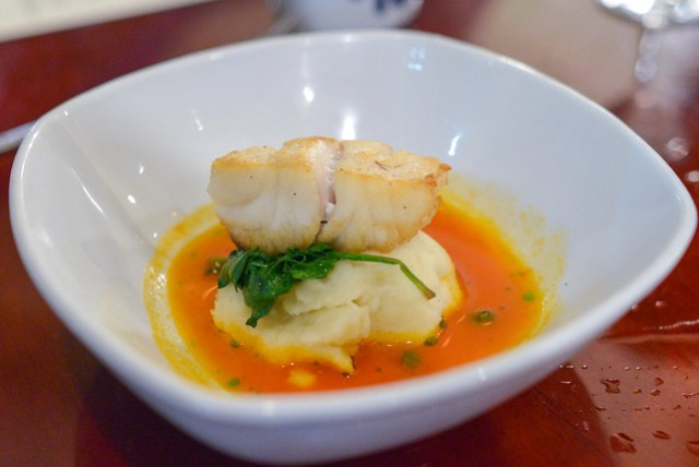 Grouper pan roasted, pomme puree, spinach, tomato-saffron sauce