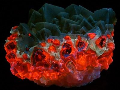 Mexican Mariposa Calcite: rock1 sideA -  UVabc