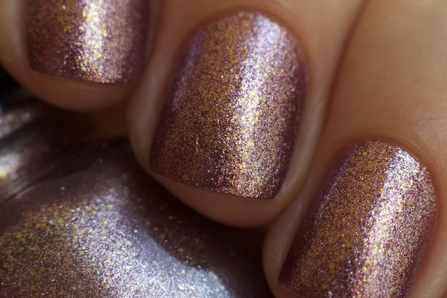 04 China Glaze Autumn Nights Strike Up A Cosmo Macro