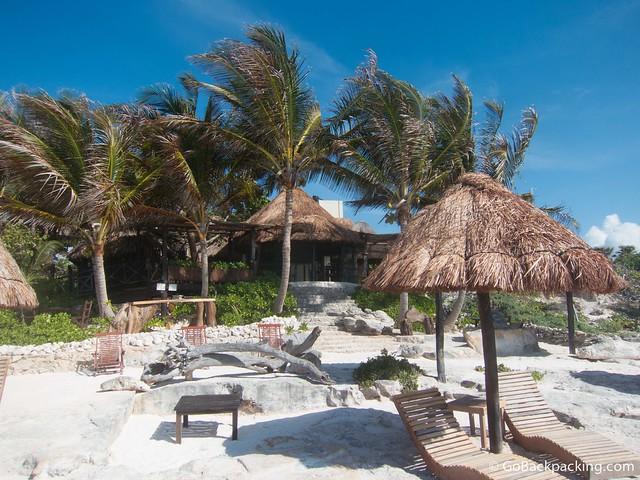 Cabanas Playa Condesa