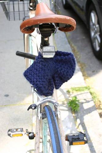 Bike bowtie