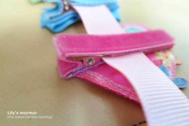 每個髮夾的金屬部位都被細緻的絨布包得好好的。
