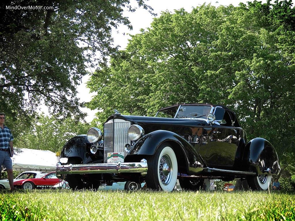 1934 Packard 1106