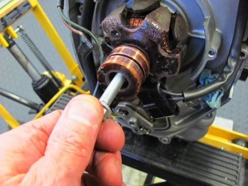 Inserting Puller Bolt
