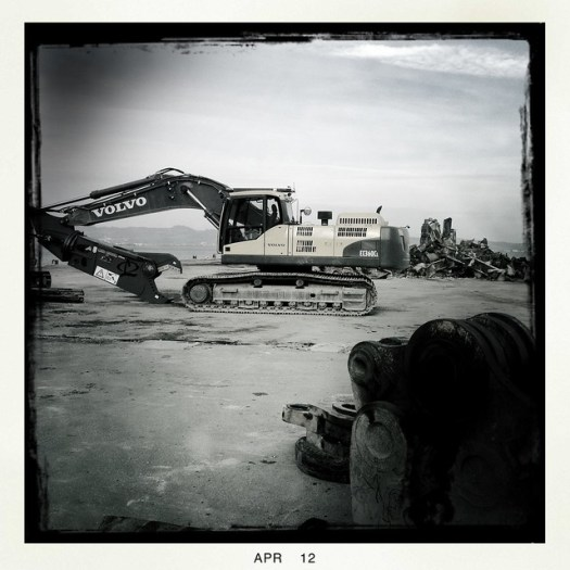 Deconstructing Pier 36 in San Francisco