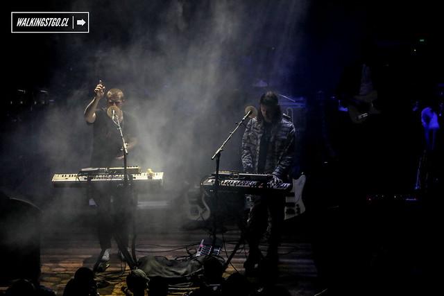 JUNGLE en vivo en la Ex Oz de Santiago, review sábado 16 de mayo 2015