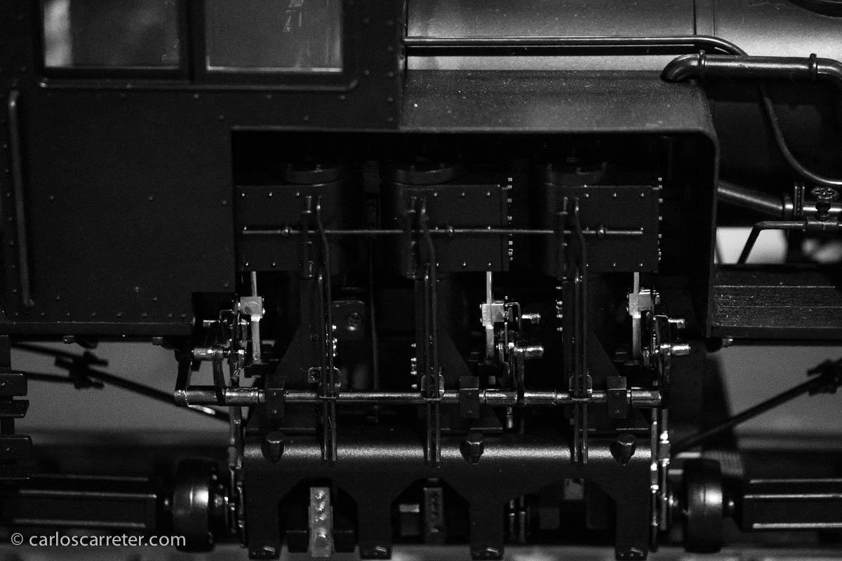 Delicados mecanismos de la locomotora de LGB