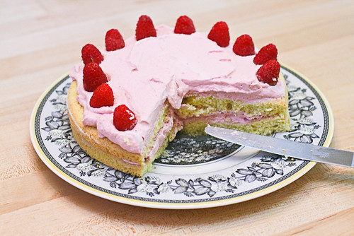Raspberry Fluff Cake