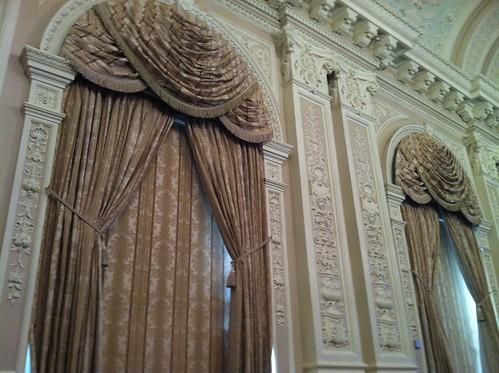 High Curtains