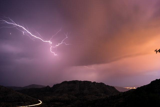 1307 Lightning 02