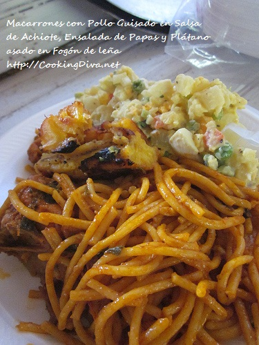 Comida tradicional de Panamá hecha en fogón de leña