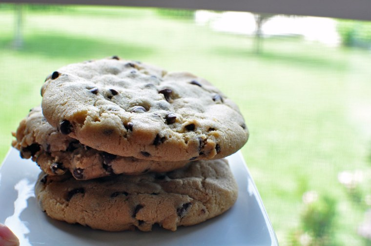 Bakery Style Chocolate Chip Cookies 1