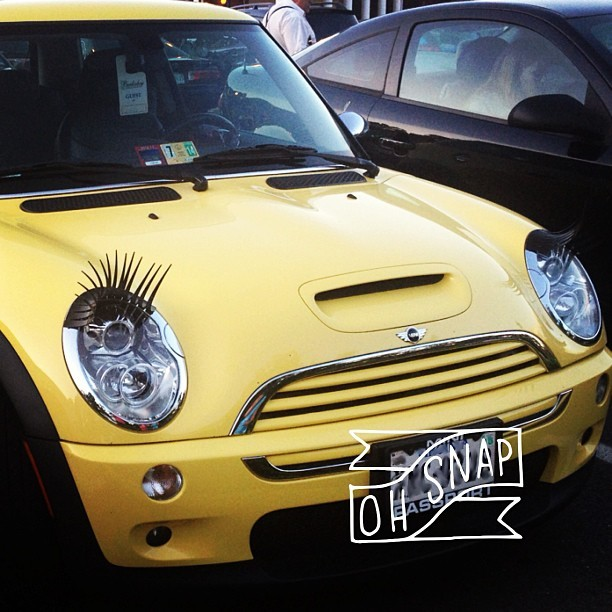The #eyelashes on this #MiniCooper are SO CUTE!