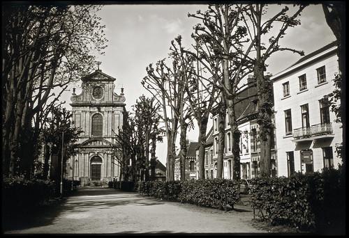 #4 Place du Parc ~ B&W Slide film developed in Caffenol
